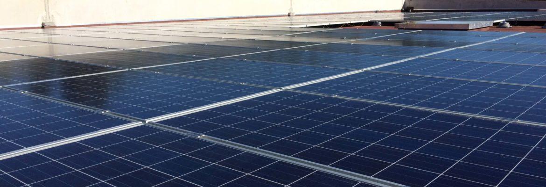 Installation photovoltaïque du Carrefour Contact de Bagnols-en-Forêt (83)